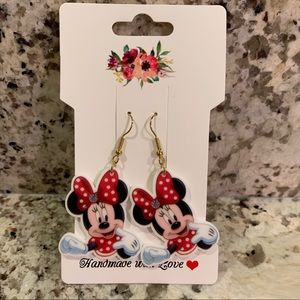 Minnie Mouse Mismatched Earrings